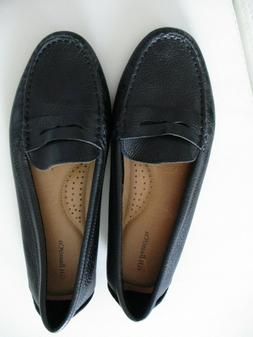 G.H. Bass and Co. Missy Leather Penny Loafer black new size